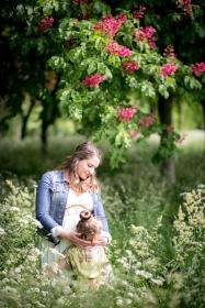 ©agnes colombo-photographe famille grossesse bagatelle-blogueuse-mode-seralyne2