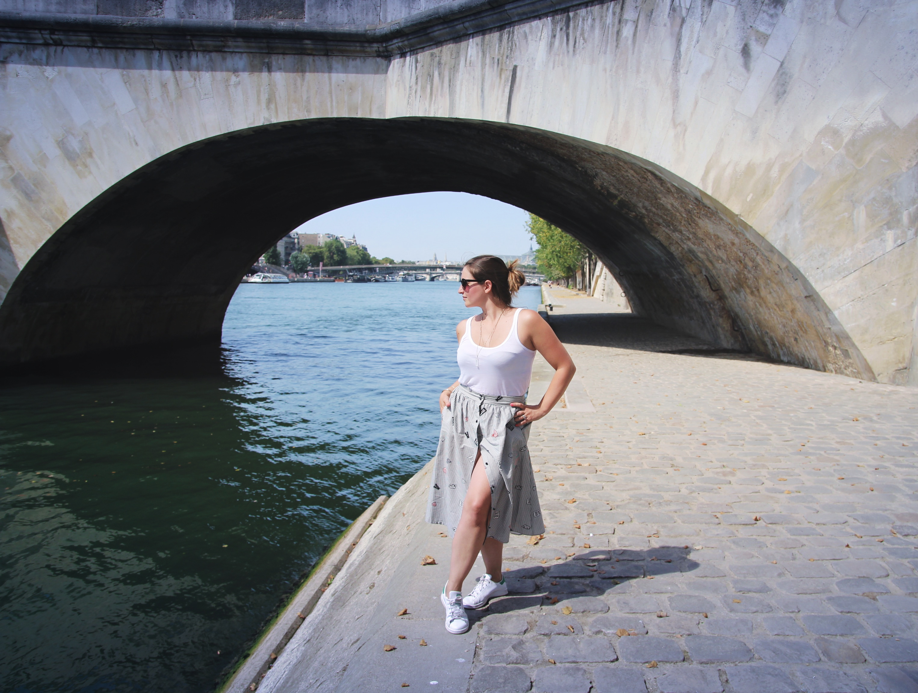lookbook-oldschool-strip-skirt-fahionblogger-influencer-seralynepointcom-paris-bergesdeseine-4030