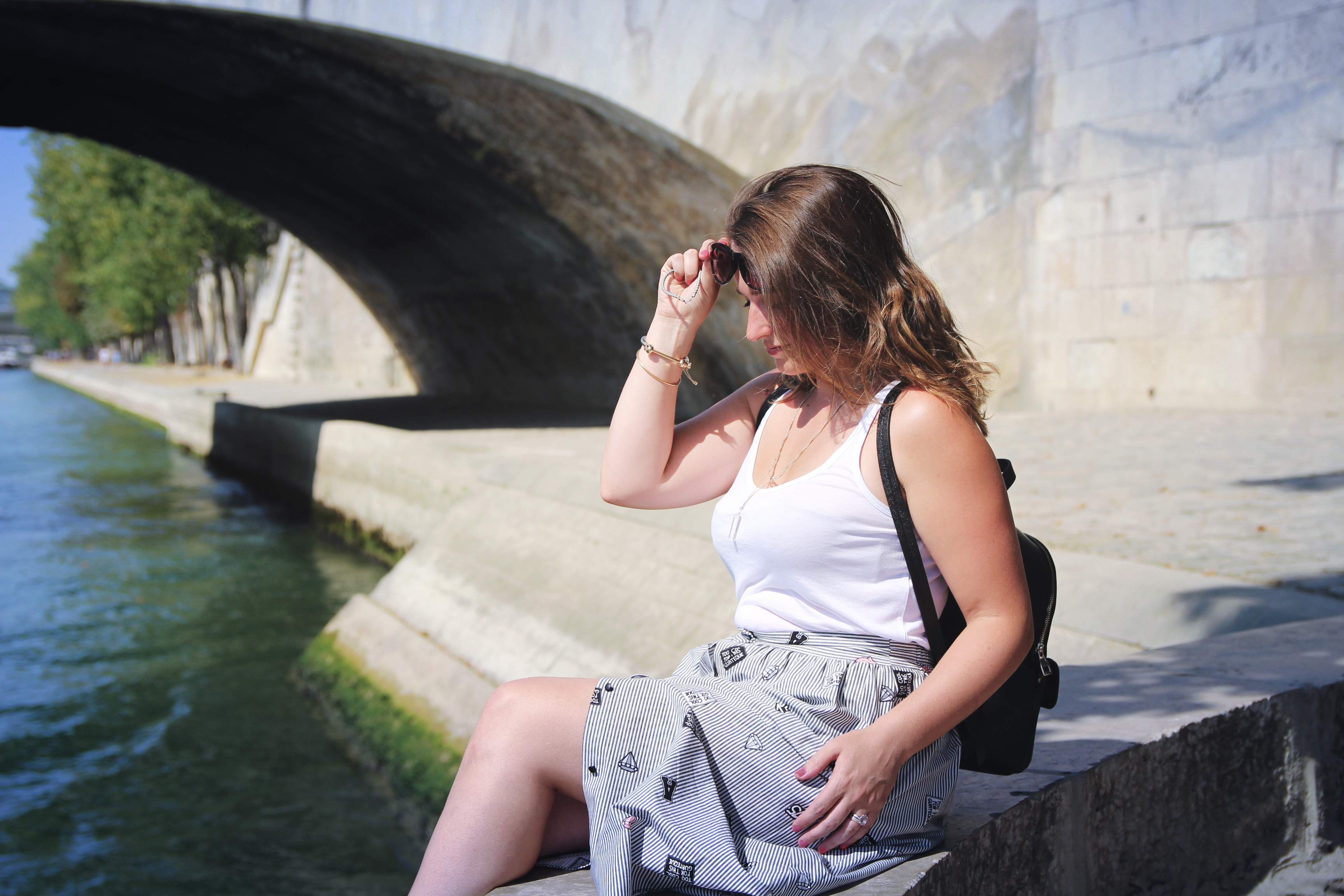 lookbook-oldschool-strip-skirt-fahionblogger-influencer-seralynepointcom-paris-bergesdeseine-4105
