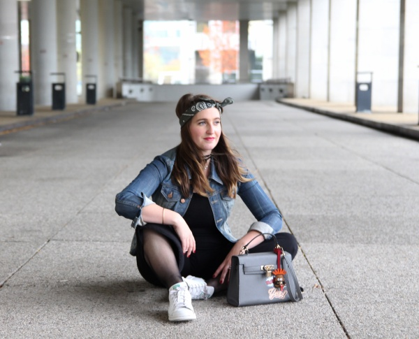 back-to-90s-tendance-90s-style-pacth-bandana-denim-seralynepointcom-90s-show-influencer-img_6114