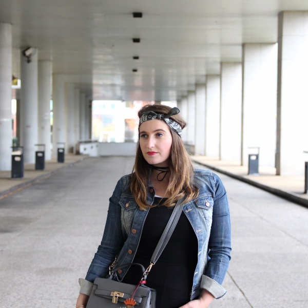 back-to-90s-tendance-90s-style-pacth-bandana-denim-seralynepointcom-90s-show-influencer-img_6116