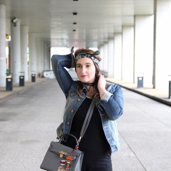 back-to-90s-tendance-90s-style-pacth-bandana-denim-seralynepointcom-90s-show-influencer-img_6119