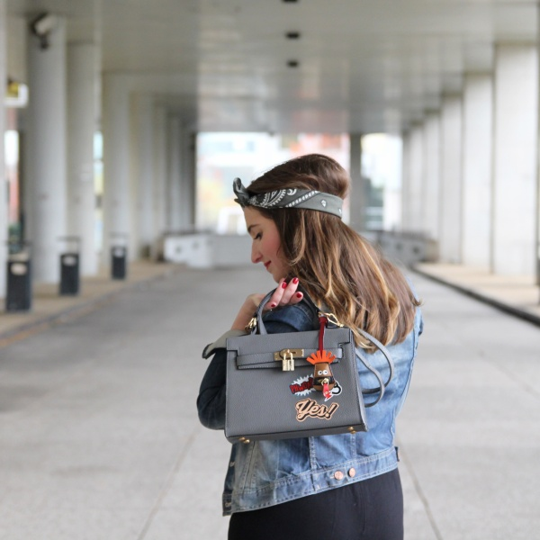 back-to-90s-tendance-90s-style-pacth-bandana-denim-seralynepointcom-90s-show-influencer-img_6157