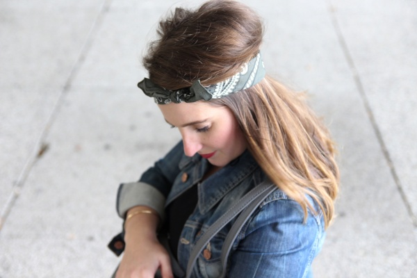 back-to-90s-tendance-90s-style-pacth-bandana-denim-seralynepointcom-90s-show-influencer-img_6162