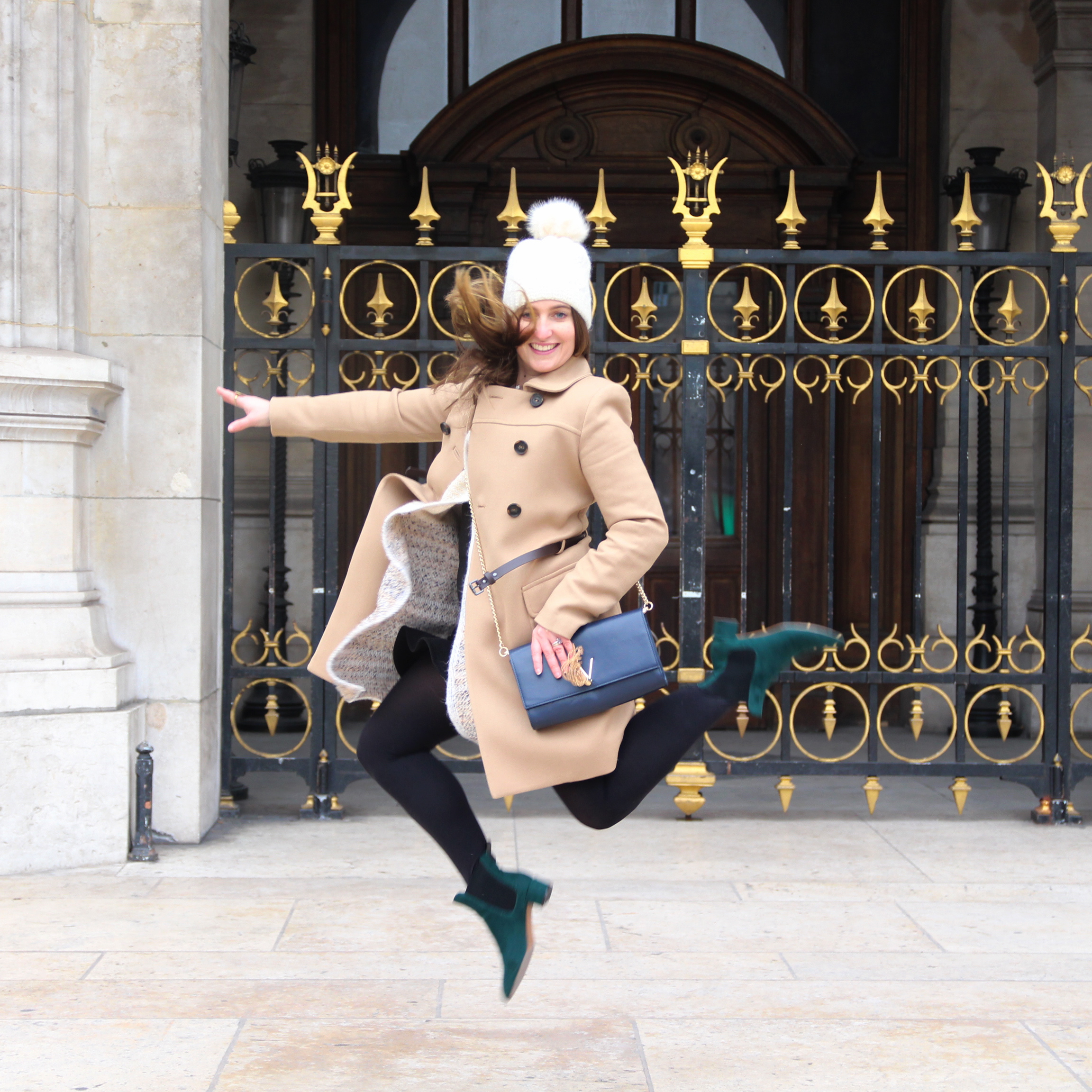 paris-opera-garnier-winter-day-influencer-style-personalstylist-imageconsultant-seralynepointcom-img_6685