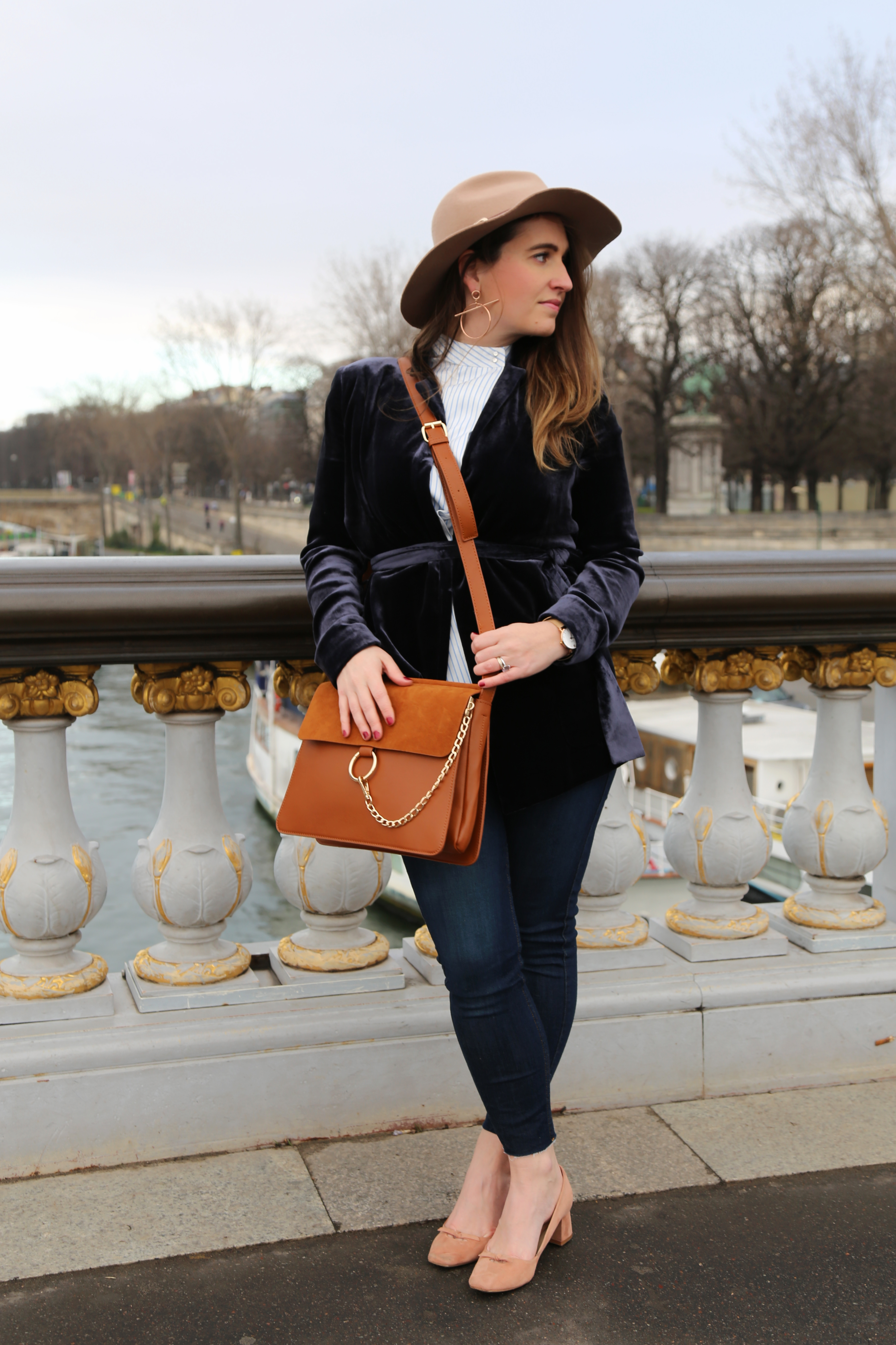 blue-velvet-jacket-mango-pontalexandre3-paris-seralynepointcom-img_9431